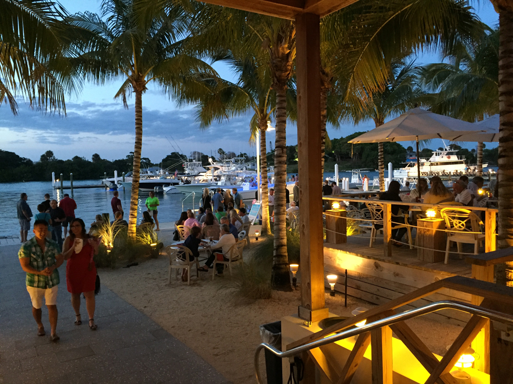 Utiki Beach Restaurant - Jupiter FL